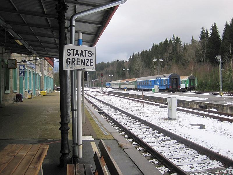 Staatsgrenze Durch Bahnhof