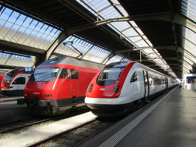http://www.bahnreiseberichte.de/073-Drei-Tage-Schweiz/73-022ICN-Zuerich.JPG