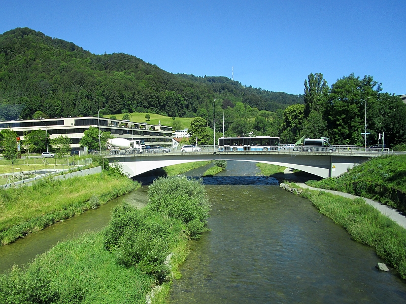 http://www.bahnreiseberichte.de/073-Drei-Tage-Schweiz/73-026Fahrt-Sihl.JPG