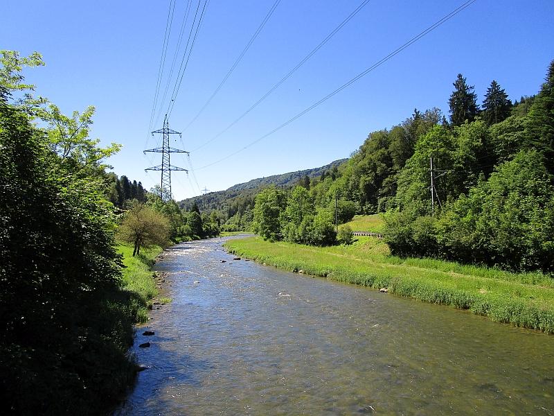 http://www.bahnreiseberichte.de/073-Drei-Tage-Schweiz/73-034Sihltal.JPG