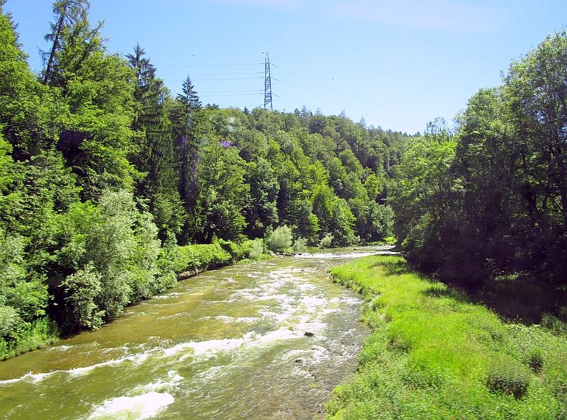 http://www.bahnreiseberichte.de/073-Drei-Tage-Schweiz/73-041Fahrt-Sihl.JPG