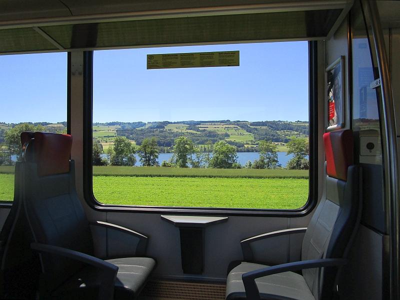 http://www.bahnreiseberichte.de/073-Drei-Tage-Schweiz/73-063Fahrt-Baldeggersee.JPG