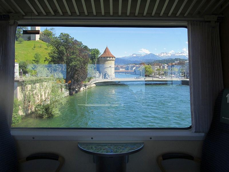 http://www.bahnreiseberichte.de/073-Drei-Tage-Schweiz/73-067Luzern-Noelliturm.JPG