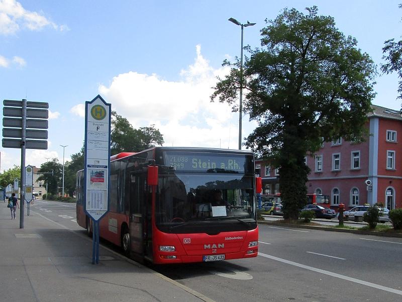http://www.bahnreiseberichte.de/073-Drei-Tage-Schweiz/73-085SBG-Bus-Singen.JPG