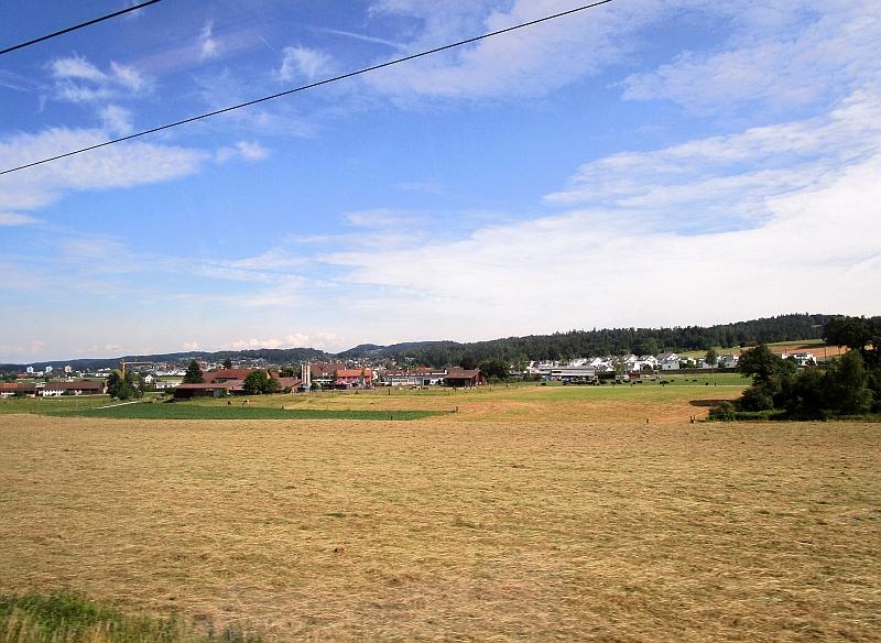 http://www.bahnreiseberichte.de/073-Drei-Tage-Schweiz/73-098Winterthur-Zuerich.JPG
