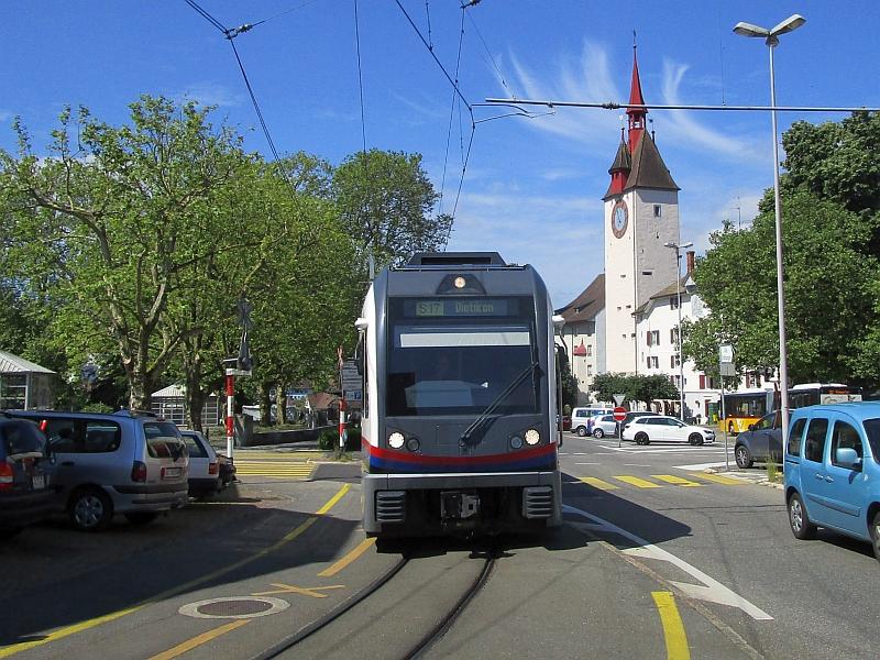 http://www.bahnreiseberichte.de/073-Drei-Tage-Schweiz/73-107Bremgarten-Spittelturm.JPG