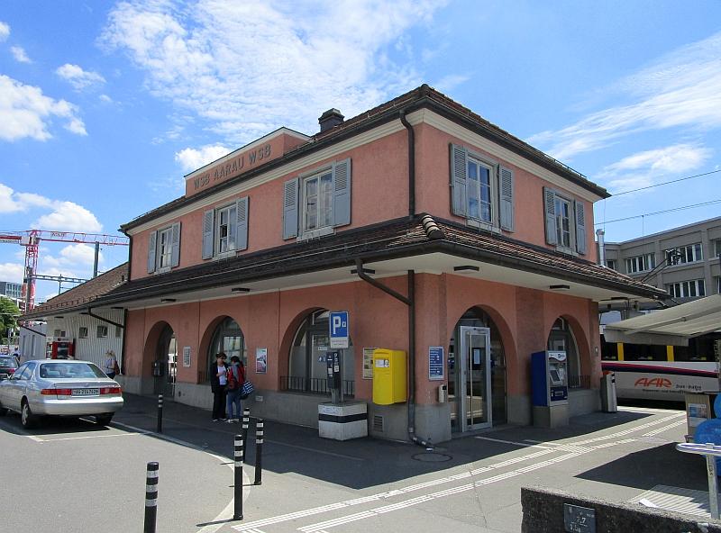 http://www.bahnreiseberichte.de/073-Drei-Tage-Schweiz/73-125Aarau-WSB-Bahnhof.JPG