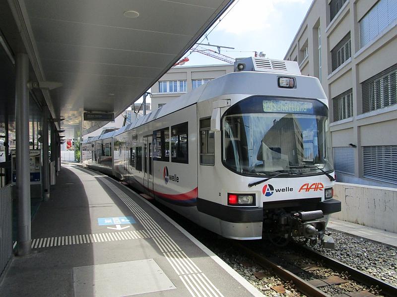 http://www.bahnreiseberichte.de/073-Drei-Tage-Schweiz/73-126AAR-32-Aarau.JPG