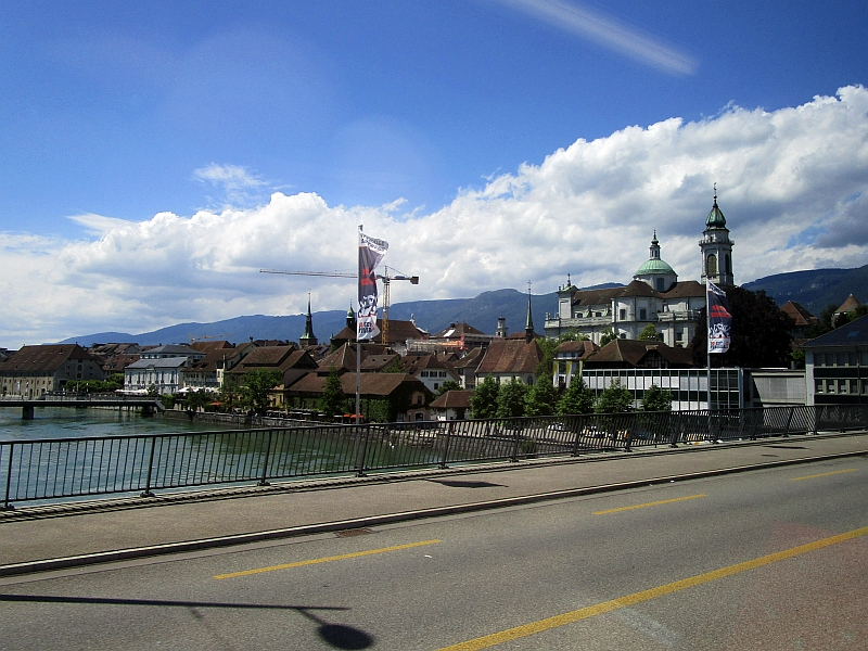 http://www.bahnreiseberichte.de/073-Drei-Tage-Schweiz/73-150Fahrt-Aare-Solothurn.JPG