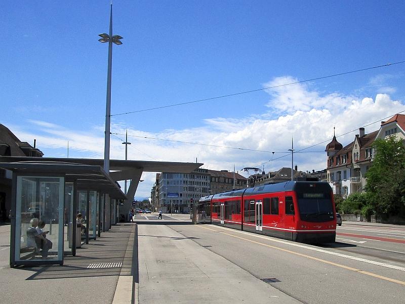 http://www.bahnreiseberichte.de/073-Drei-Tage-Schweiz/73-151STAR-Aare-Seeland-mobil-Solothurn.JPG