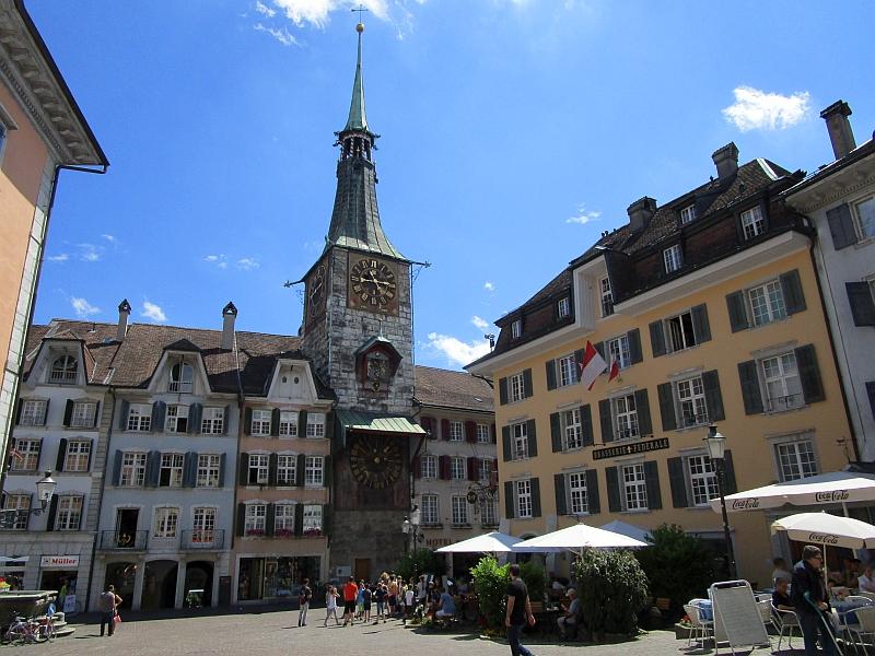 http://www.bahnreiseberichte.de/073-Drei-Tage-Schweiz/73-155Solothurn-Zeitglockenturm.JPG