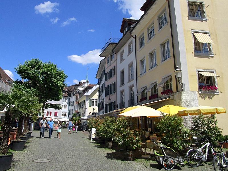 http://www.bahnreiseberichte.de/073-Drei-Tage-Schweiz/73-156Solothurn-Altstadt.JPG