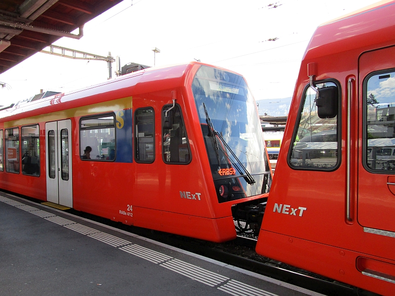 http://www.bahnreiseberichte.de/073-Drei-Tage-Schweiz/73-159RBS-NExT.JPG