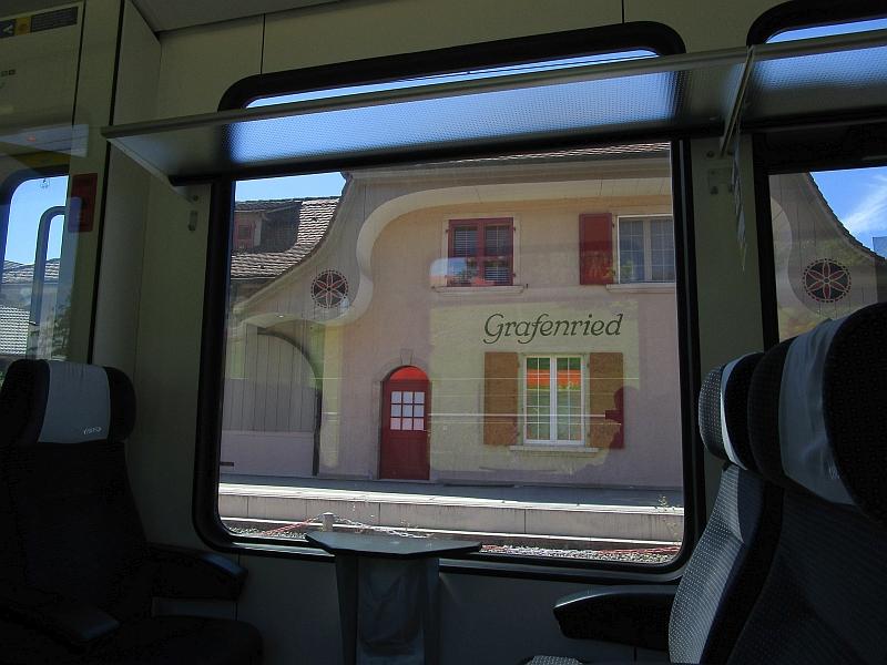 http://www.bahnreiseberichte.de/073-Drei-Tage-Schweiz/73-162Bahnhof-Grafenried.JPG