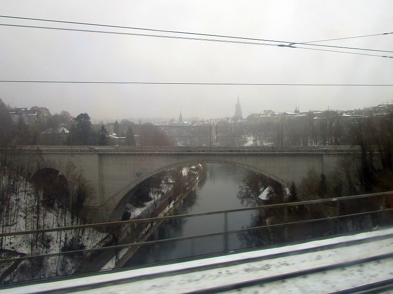 http://www.bahnreiseberichte.de/078-Montreux-Vevey-Riviera/78-05Fahrt-Bern.JPG