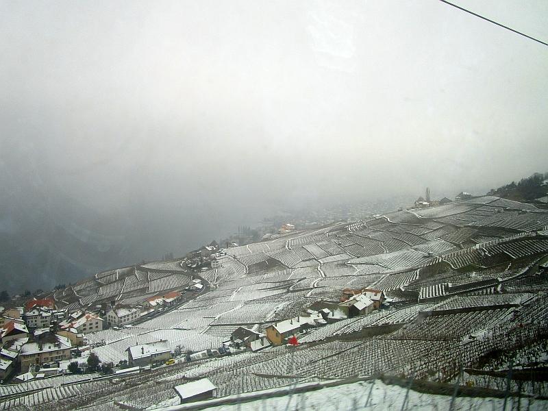 http://www.bahnreiseberichte.de/078-Montreux-Vevey-Riviera/78-07Fahrt-Genfersee.JPG