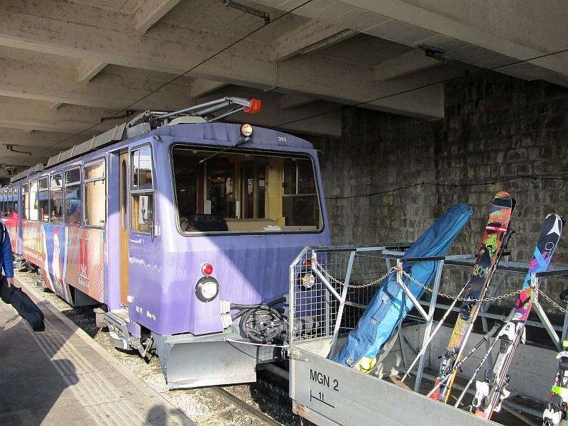 http://www.bahnreiseberichte.de/078-Montreux-Vevey-Riviera/78-08MVR-Bhe48-303-Montreux.JPG
