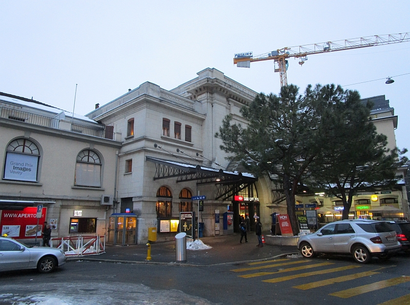 http://www.bahnreiseberichte.de/078-Montreux-Vevey-Riviera/78-52Vevey-Bahnhof.JPG