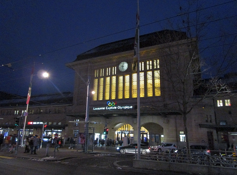 http://www.bahnreiseberichte.de/078-Montreux-Vevey-Riviera/78-54Lausanne-Bahnhof.JPG
