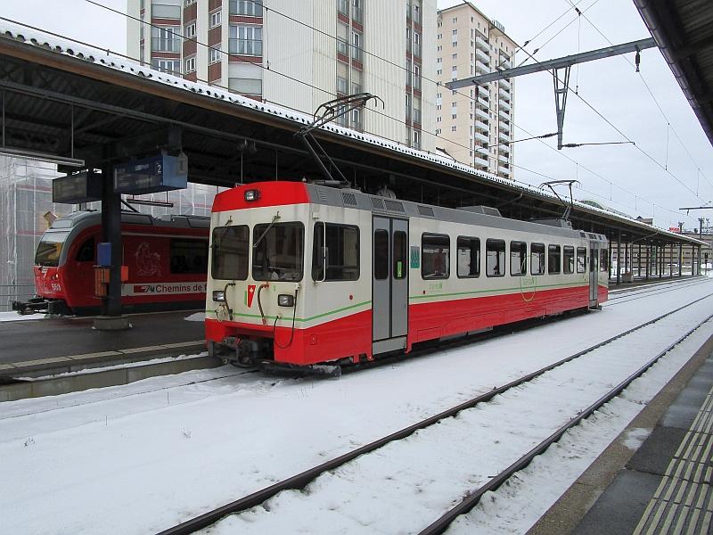 http://www.bahnreiseberichte.de/086-Jura-Ligne-Horlogers/86-37TRN-BDe44-8.JPG