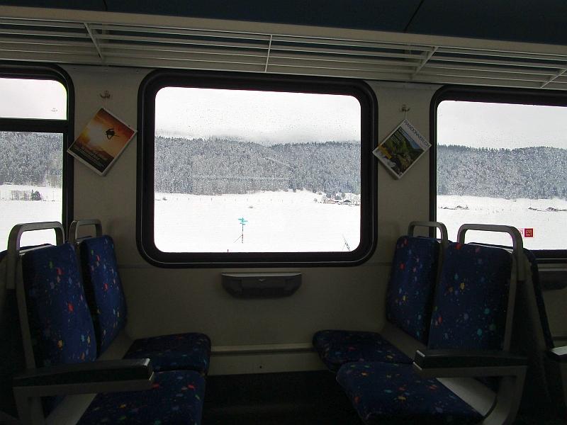http://www.bahnreiseberichte.de/086-Jura-Ligne-Horlogers/86-40Fahrt-TRN-Vallee-des-Ponts.JPG