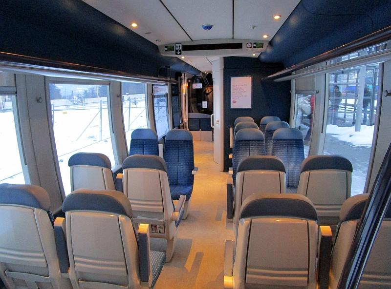 http://www.bahnreiseberichte.de/086-Jura-Ligne-Horlogers/86-57SNCF-X73753-innen.JPG