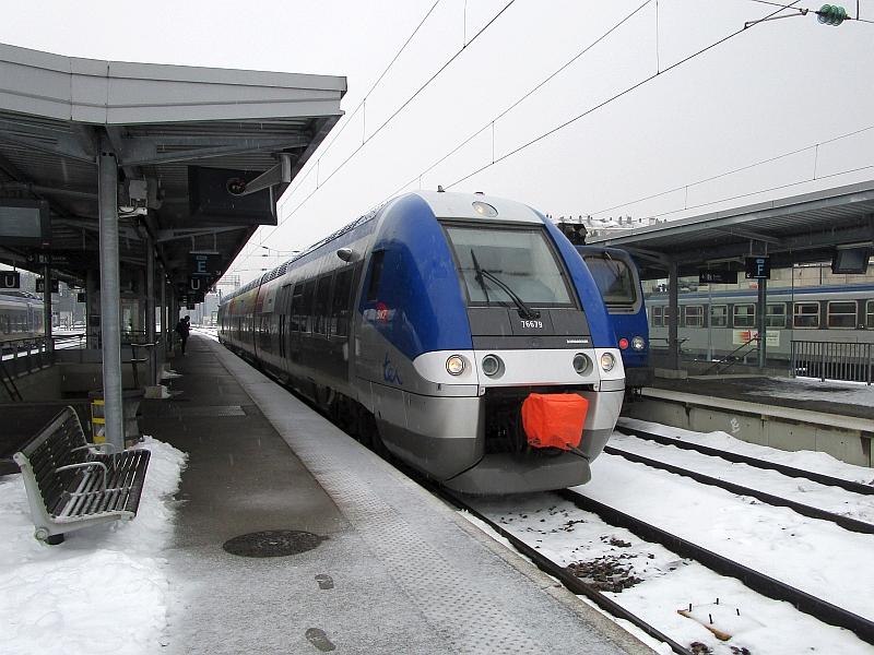 http://www.bahnreiseberichte.de/086-Jura-Ligne-Horlogers/86-77SNCF-X76500-Besancon.JPG