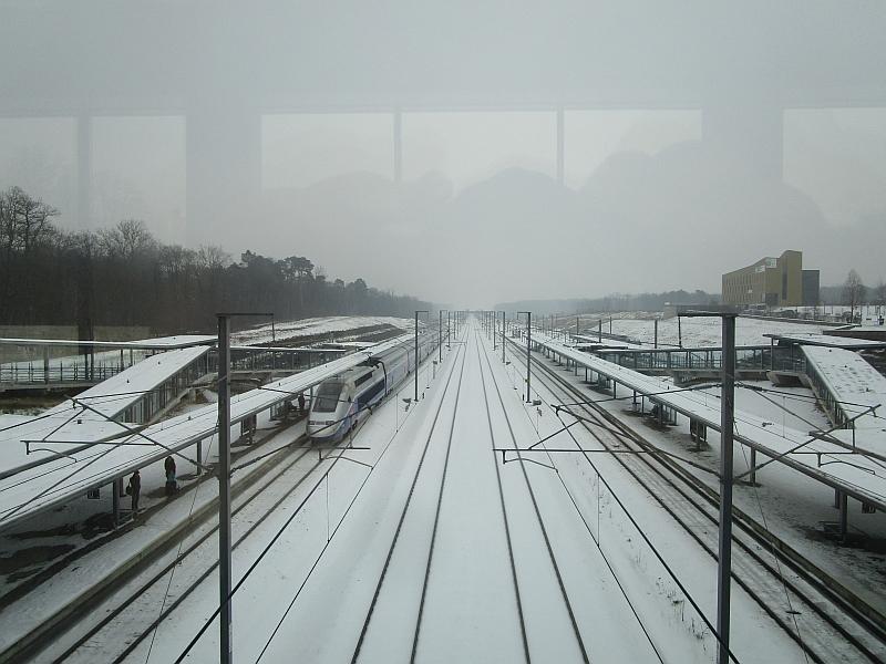 http://www.bahnreiseberichte.de/086-Jura-Ligne-Horlogers/86-81Besancon-LGV-Rhin-Rhone.JPG
