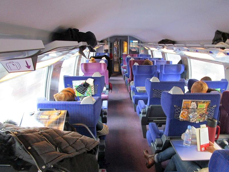 http://www.bahnreiseberichte.de/086-Jura-Ligne-Horlogers/86-84TGV-Duplex-1Klasse.JPG