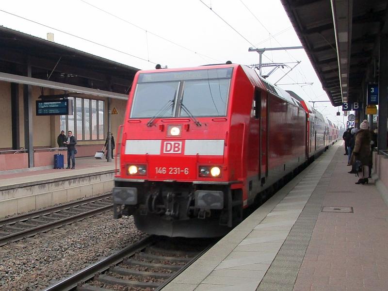 http://www.bahnreiseberichte.de/086-Jura-Ligne-Horlogers/86-94Einfahrt-SWB-Baden-Baden.JPG