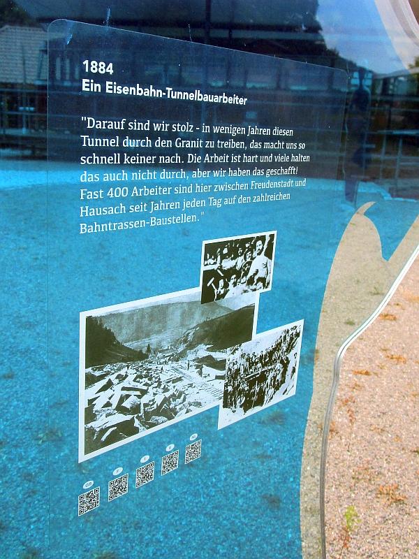 http://www.bahnreiseberichte.de/089-Kinzigtal/89-28Schiltach-Bahnpunkt-Tunnelarbeiter.JPG