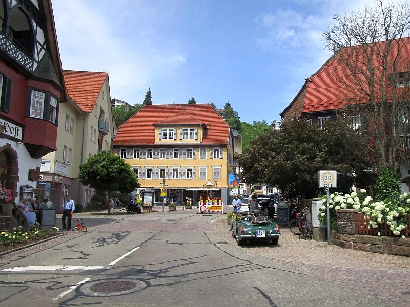 http://www.bahnreiseberichte.de/089-Kinzigtal/89-61Fahrt-Alpirsbach.JPG