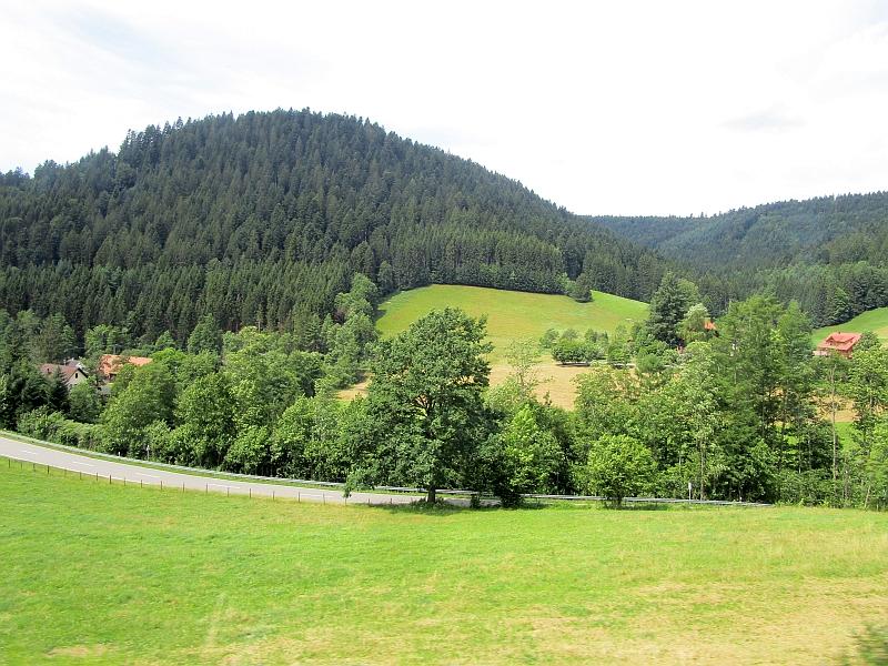 http://www.bahnreiseberichte.de/089-Kinzigtal/89-63Fahrt-Alpirsbach-Freudenstadt.JPG