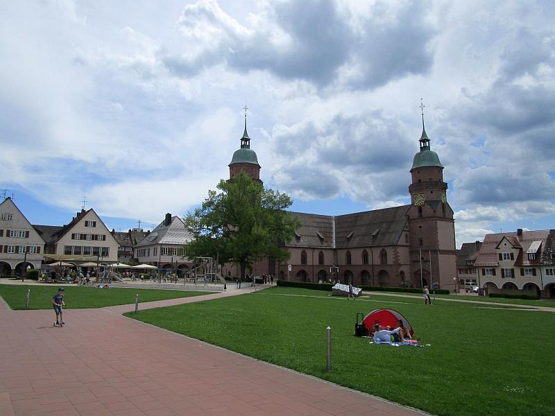 http://www.bahnreiseberichte.de/089-Kinzigtal/89-68Freudenstadt-Stadtkirche.JPG