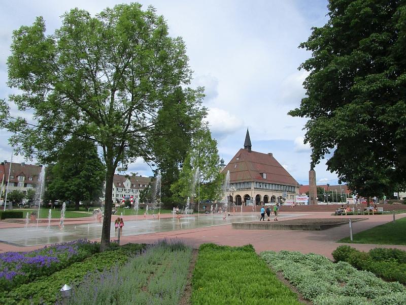 http://www.bahnreiseberichte.de/089-Kinzigtal/89-69Freudenstadt-Stadthaus.JPG