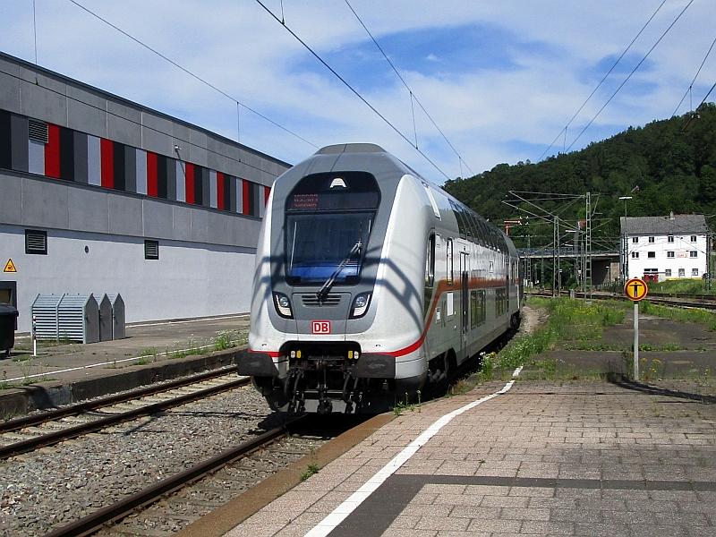http://www.bahnreiseberichte.de/089-Kinzigtal/89-80Einfahrt-IC2-Horb.JPG