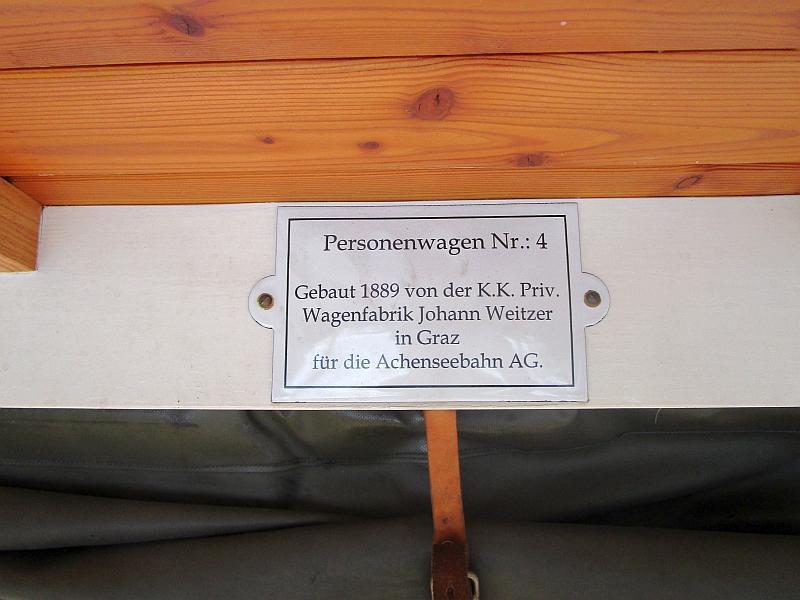 http://www.bahnreiseberichte.de/090-Achensee-Schafberg/90-020Achenseebahn-Wagen-Schild.JPG
