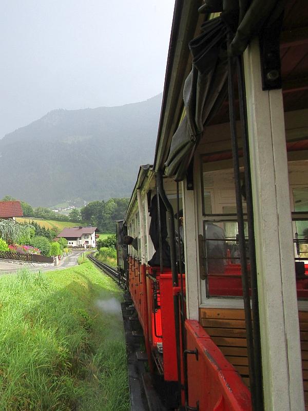 http://www.bahnreiseberichte.de/090-Achensee-Schafberg/90-030Achsenseebahn-Talfahrt.JPG