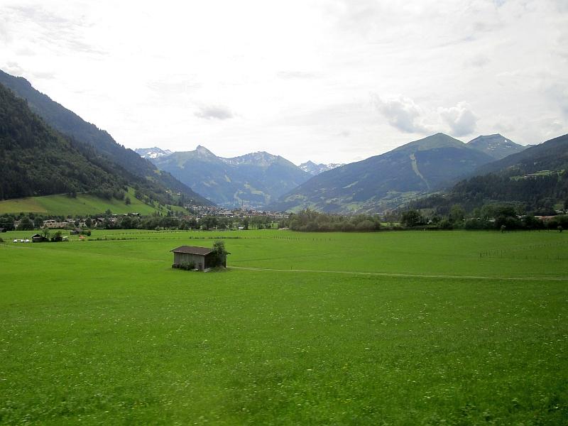 http://www.bahnreiseberichte.de/090-Achensee-Schafberg/90-044Fahrt-Gasteinertal.JPG