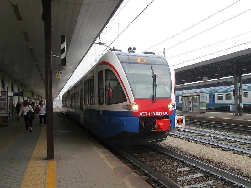 http://www.bahnreiseberichte.de/090-Achensee-Schafberg/90-052FUC-GTW-Udine.JPG