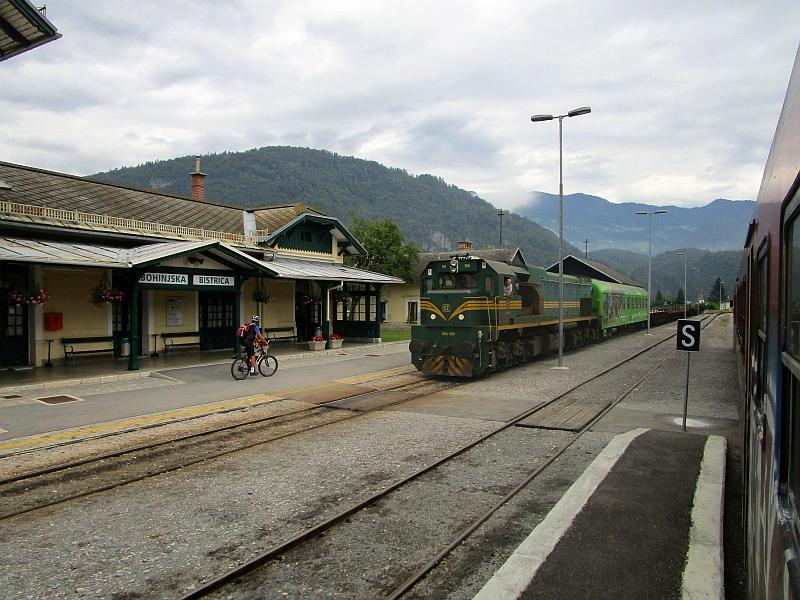 http://www.bahnreiseberichte.de/090-Achensee-Schafberg/90-106Bohinjska-Bistrica-Bahnhof.JPG