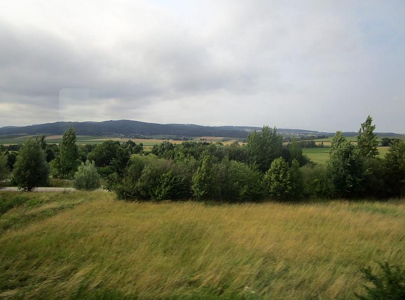 http://www.bahnreiseberichte.de/090-Achensee-Schafberg/90-117Fahrt-Westbahn.JPG