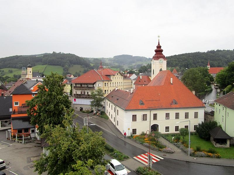 http://www.bahnreiseberichte.de/090-Achensee-Schafberg/90-124Waidhofen-Hl-Katharina.JPG