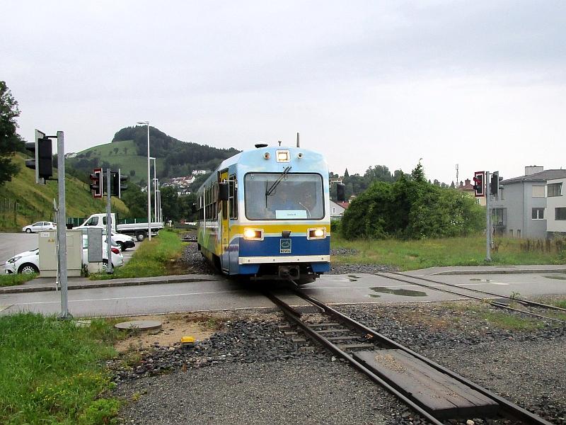 http://www.bahnreiseberichte.de/090-Achensee-Schafberg/90-130Waidhofen-Citybahn-Lokalbahnhof.JPG