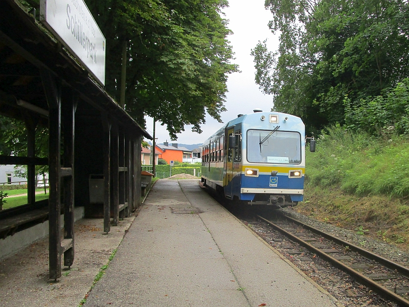 http://www.bahnreiseberichte.de/090-Achensee-Schafberg/90-141Citybahn-Schillerpark.JPG