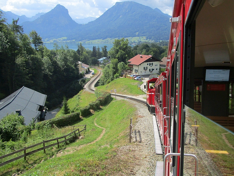 http://www.bahnreiseberichte.de/090-Achensee-Schafberg/90-263Schafbergbahn-Talfahrt.JPG