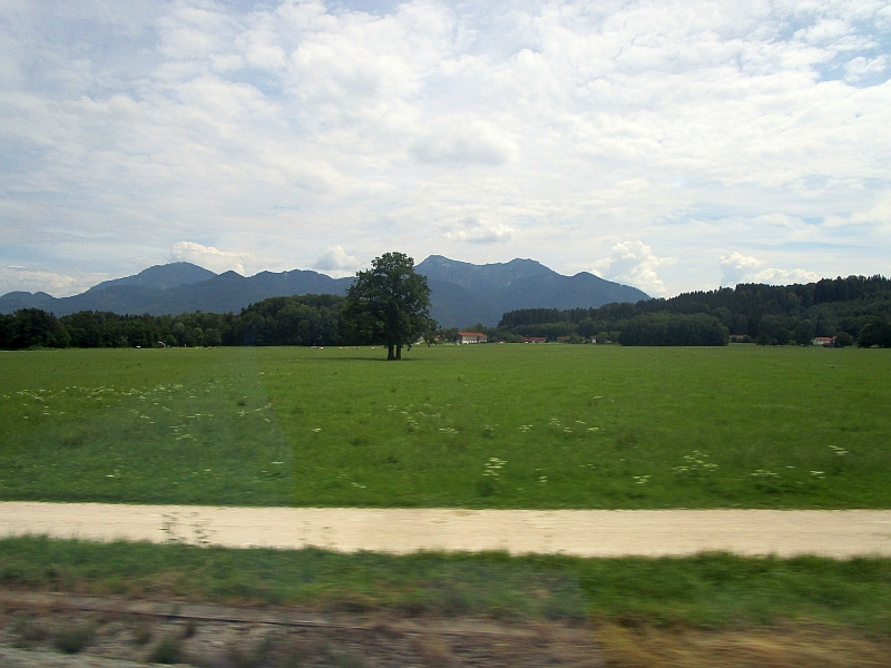 http://www.bahnreiseberichte.de/090-Achensee-Schafberg/90-275Fahrt-Chiemgau.JPG