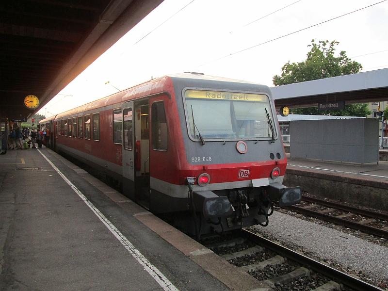 http://www.bahnreiseberichte.de/090-Achensee-Schafberg/90-282BR628-Radolfzell.JPG