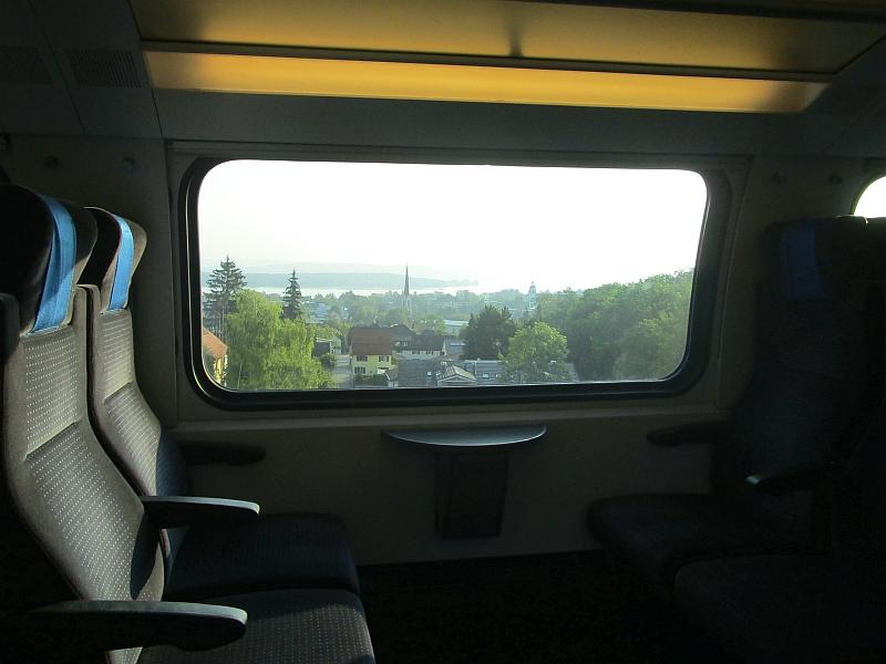 http://www.bahnreiseberichte.de/092-MontBlanc-Chablais/92-003Fahrt-Blick-Konstanz.JPG