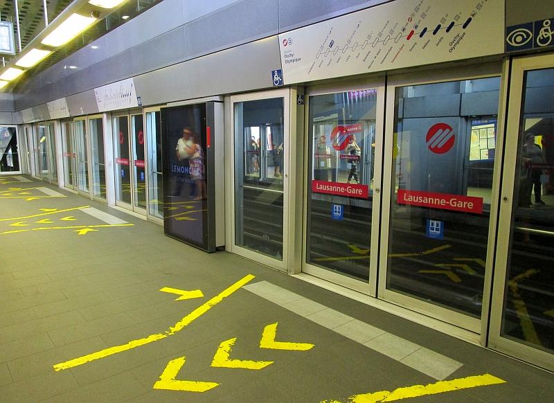 http://www.bahnreiseberichte.de/092-MontBlanc-Chablais/92-010Station-Lausanne-Gare.JPG